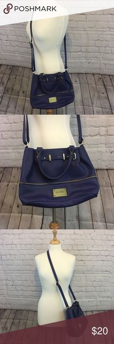4543c6afb9db 86 Best Purses images in 2019   Nicole miller, Bucket bags ...
