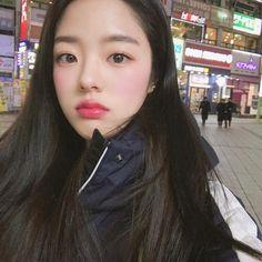 Korean Women, Korean Girl, Korea Fashion, Girl Fashion, Beautiful Asian Girls, Beautiful People, Korean Makeup Look, Korean Ulzzang, Uzzlang Girl
