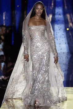 See the complete Elie Saab Fall 2003 Couture collection.
