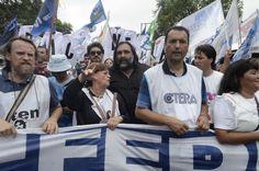 Los gremios docentes bonaerenses inician un nuevo paro de 24 horas http://asistenteadomicilio.blogspot.com.ar/