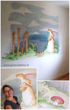 hazeltje onder de maan | raad eens hoeveel ik van je hou | muurschildering | kinderkamer | babykamer | www.groeneballon.nl | Den Haag