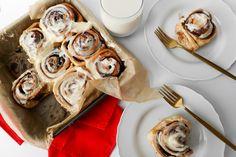 Delicious cinnamon roll recipe Brunch Recipes, Breakfast Recipes, Magical Christmas, Rolls Recipe, Food Festival, Cinnamon Rolls, Favorite Recipes, Healthy, Recipe Ideas