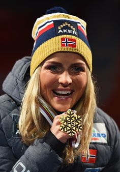 Therese Johaug Photos: Men's and Women's Cross-Country Skiathlon - FIS Nordic World Ski Championships