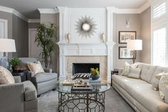 Transitional Living Room - traditional - Living Room - Dallas - Chambers Interiors & Associates, Inc.