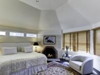 Town & Country Real Estate - Southampton #TownandCountry #Bedroom #HomeDecor #Fireplace