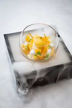 Food Plating Techniques, Restaurant Dishes, Asian Desserts, French Desserts, Best Chef, Food Decoration, Molecular Gastronomy, Gourmet Recipes, Gourmet Foods