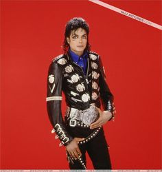 vanessa sandin y michael jackson Michael Jackson Thriller, Michael Jackson Images, Michael Jackson Bad Era, Bad Michael, Jackson Family, Jackson 5, Emerson, Michael Jackson Photoshoot, Mj Bad