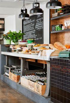 Cafeteria en Melbourne (Australia). Mezcla de estilo industrial y vintage en dos colores predominantes: negro y verde.