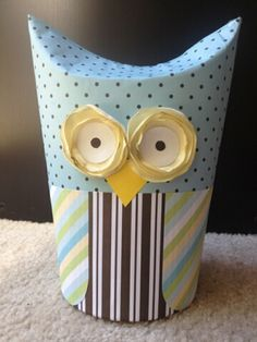 Owl oatmeal container craft! I sit this except with: Duct Tape Construction Paper Packing Tape