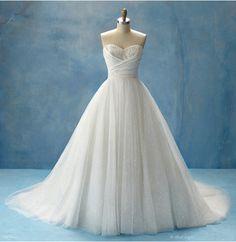 Cinderella's dress that sparkles <3