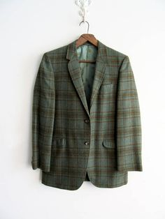 Vintage Mens Plaid Sport Jacket Coat Blazer SALE #vintagePlaid #plaidSportsCoat #plaidSportsJacket #ValentinesDayGift #giftsForHim