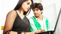 MODERN BHABHI ROMANCE WITH YOUNG BOY || NEW HINDI HOT SHORT FILM 2016