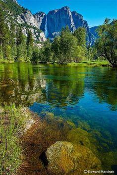 Gorgeous Yosemite Falls.