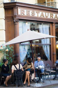 I am heading here to have a petite lunch and maybe a glass of vin. Boutiques, Places Around The World, Around The Worlds, Places To Travel, Places To Go, Sidewalk Cafe, Parisian Cafe, Little Paris, Restaurant Paris