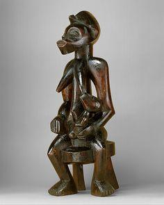 Senufo Tyekpa Maternity Figure