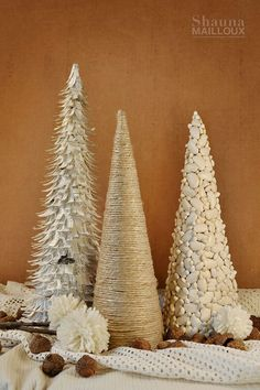 Today is the final segment for my handmade Christmas tree forest! You can read about part 1 here and part 2 here. Again, all of these trees were made from rolled up cereal boxes. (Sorry if you're r...
