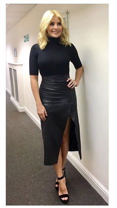 Holly Willoughby in leather midi wrap skirt Skirt Outfits, Stylish Outfits, Fashion Outfits, Stylish Clothes, Work Outfits, Work Clothes, Winter Outfits, Fashion Ideas, Holly Willoughby Style