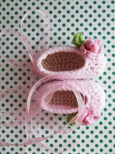 Crochet baby shoes in cotton candy pink featuring little roses and a sheer pink ribbon {Custom made in any baby size. Shipped world-wide} Swan Lake ballet shoes Swan Lake Ballet, Baby Bootees, Pink Cotton Candy, Crochet Baby Shoes, Baby Girl Shoes, Kids Hats, Crochet Dolls, Crayons, Crocheting
