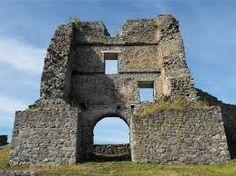 Enter gate of Pustý hrad, Zvolen Tower Bridge, Mount Rushmore, Gate, Mountains, Building, Travel, Palaces, Castles, Historia
