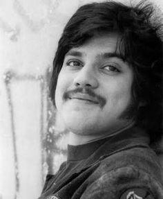 Freddie Prinze (Age: 22) Comedian/actor -- Suicide -- 1977