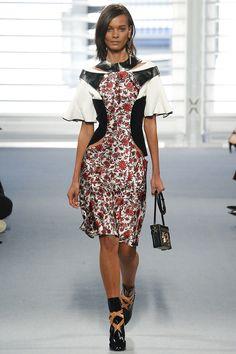Louis Vuitton Fall 2014 – Vogue