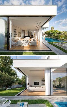 Big Modern Houses, Modern Mansion, Modern House Plans, Modern Architecture House, Architecture Design, Modern Tropical House, Modern Villa Design, Facade Design, Home Fashion