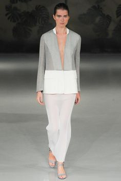 Barbara Casasola Spring 2015 Ready-to-Wear Fashion Show Runway Fashion, Spring Fashion, Fashion Show, Womens Fashion, Fashion Trends, Fashion 2015, Fashion Weeks, Barbara Casasola, Minimal Fashion