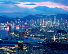 Photographer Thomas Birke's unbelievably beautiful photographs of Hong Kong.
