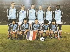 France team group at the 1978 World Cup Finals. Michel Platini, Dominique Rocheteau, France Team, Blue Is The Warmest Colour, Saint Etienne, World Cup Final, Vintage Football, Team Photos, Warm Colors