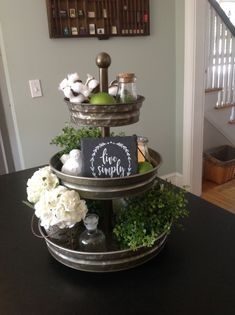 Love the three-tier stand for decor. Country Farmhouse Decor, Modern Farmhouse Kitchens, Farmhouse Style Kitchen, Rustic Decor, Rustic Style, Farmhouse Table, Galvanized Tray, Cocina Diy, Tray Styling