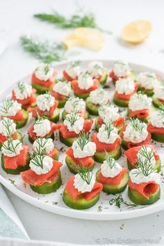 Mini Cucumber Smoked Salmon Appetizer Bites with Lemon Dill Cream Cheese are a simple and delicious appetizer for any holiday party. | theendlessmeal.com
