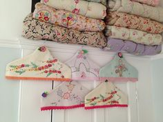 Love these covered hangers, too pretty to put in the closet :)