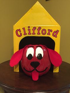 Clifford The Big Red Dog pumpkin Dog Pumpkin, Pumpkin Books, Pumpkin Art, Pumpkin Crafts, Pumpkin Carving, Pumpkin Painting, Pumpkin Ideas, Halloween Pumpkins, Halloween Crafts