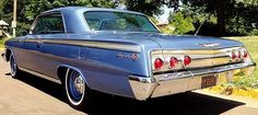 Impala was top-of-the-line for the 1962 Chevrolet. Throw in a big block and an SS package and you have a very collectable car 1962 Chevy Impala, Chevrolet Chevelle, Impala For Sale, Best Classic Cars, New Tricks, Old Cars, Rear View, Nice Cars, Tuxedo