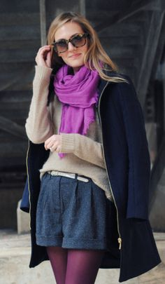 love the compliments of the purple and navy blue with the neutrals