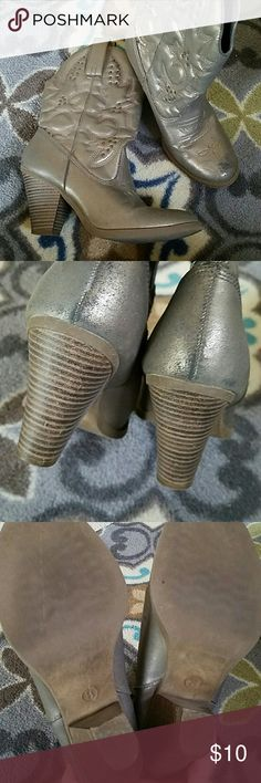 Metallic Cowgirl Boots Great for that country concert or rodeo when you want to look cute but not spend a fortune on real Cowgirl Boots. I get so many compliments on these but my concert going days are over. Great condition! Mossimo Supply Co. Shoes Combat & Moto Boots