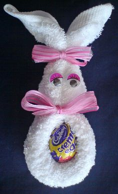 Craft and Activities for All Ages!: Face-Cloth Easter Bunny! #EasyEasterCrafts