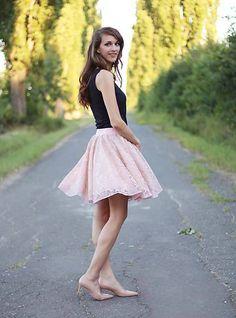 ZuzanaZachar / Sukňa s čipkou bledo ružová Pantone, Skater Skirt, Ballet Skirt, Skirts, Dresses, Fashion, Vestidos, Moda, Skirt