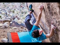 Climber Paul Robinson attacks his boulder projects at Red Rocks, Nevada. Mountain Bike Action, Paul Robinson, Base Jumping, Rock Climbing, Get In Shape, Bouldering, Athletes, Rocks, Outdoors