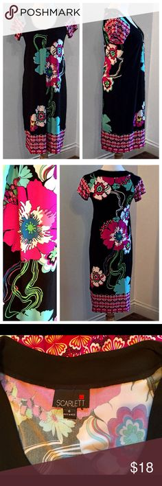 Nice Floral Pattern with Clean Lines!!! Size 6 - worn a few times- washes nicely. Very slimming.  😎. Thank you!!! Scarlett Dresses