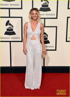 484a6624ff80 Kaley Cuoco Rocks a Silver Sparkle Jumpsuit for Grammys 2016 | kaley cuoco  2016 grammy awards