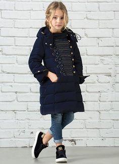 #ErmannoScervino #estilomilitar #modaniña #PequeñaFashionista #military #coat #fashionkids #trendychildren #littlefashionistascloset #stylishkids #coolkidsclothes #fashiontrend