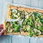 Bokkenpootjestaart - Leuke recepten Pesto, Asparagus, Green Beans, Zucchini, Vegetables, Nutella, Food Ideas, Mushroom, Studs
