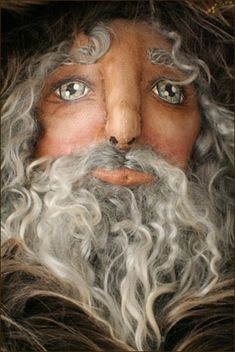 primitive cloth doll faces | ... Nicholas: Father of the Foundling, a primitive Christmas Doll Set