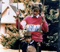 neontalk:  Wear the same confident message as the Princess Diana...