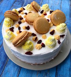 Cake by fari Cake Cookies, Cheesecake, Recipes, Food, Cheesecakes, Recipies, Essen, Meals, Ripped Recipes