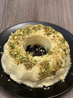 Greek Pastries, Dessert Recipes, Desserts, Greek Recipes, Pistachio, Bagel, Food And Drink, Cooking Recipes, Milk