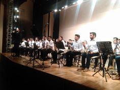 e-Pontos.gr: Ύμνος στο Ποντιακό τραγούδι στην κατάμεστη Στέγη Π...