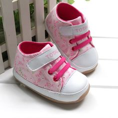 Pink kid first walkers with flowers Soft rubber bottom Comfortable baby shoes new design-in First Walkers from Shoes on Aliexpress.com