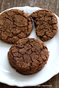 One Bowl Giant Molasses Cookies. Vegan Ginger molasses cookies. Huge, chewy and Crinkles!